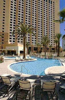 HGVC on the Las Vegas Strip Pool Area