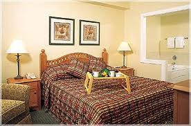 Marriott_Mountainside_Master_Bedroom